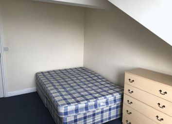 Thumbnail Room to rent in Bradford Road, Huddersfield
