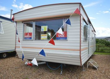 Thumbnail 2 bed mobile/park home for sale in Steeple Bay Holiday Park, Canney Road, Steeple, Southminster