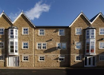 2 bed flat for sale in Mowbray Square, Harrogate, North Yorkshire HG1