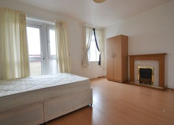 Thumbnail 4 bed flat to rent in Marmont Road, Peckham