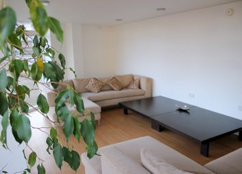 Thumbnail 2 bed flat to rent in 119 The Belvedere, Cambridge