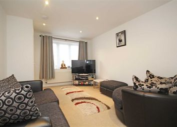 Thumbnail 2 bed property to rent in Pickwick Close, Hounslow