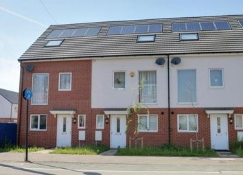 Thumbnail 3 bed town house to rent in Kempston Road, Bedford