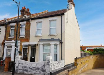 Shakespeare Drive, Westcliff-On-Sea, Essex SS0. 3 bed end terrace house