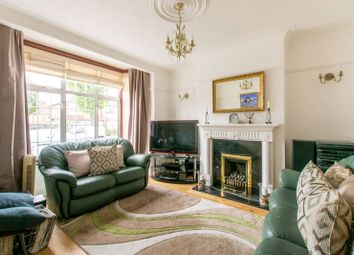 3 bed property for sale in Hall Lane, Chingford, London E4