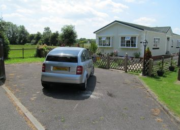Thumbnail 2 bedroom mobile/park home for sale in Stoneway Park (Ref 4717), Petham, Canterbury, Kent