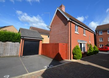 Thumbnail 3 bed detached house for sale in The Warren, Aylesbury