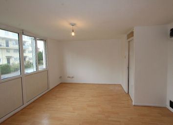 Thumbnail 3 bed maisonette to rent in Acacia Road, London
