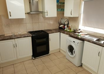Thumbnail 5 bed end terrace house to rent in Cleves Road, London