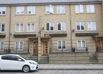 Thumbnail 4 bed town house to rent in Ferry Street, Isle Of Dogs, London