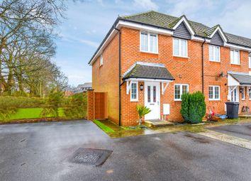 3 bed end terrace house for sale in Rowan Road, Lindford, Bordon GU35