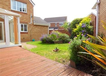 Thumbnail 3 bedroom detached house to rent in Blunden Drive, Langley, Berkshire