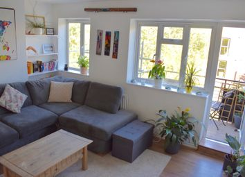 Thumbnail 2 bedroom flat to rent in Crompton House, County Street, London