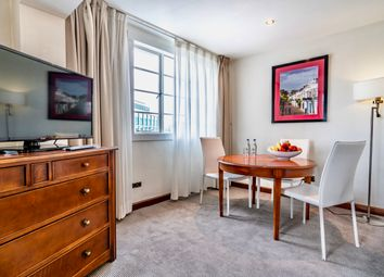 Thumbnail 1 bed flat to rent in Albany St, London