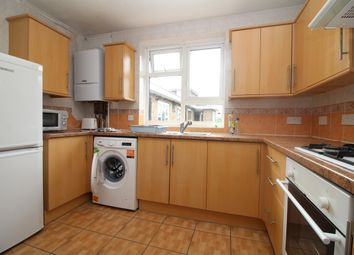 Thumbnail 2 bed flat to rent in Queens Drive, London