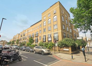 Thumbnail 2 bed flat to rent in Stockwell Green, London