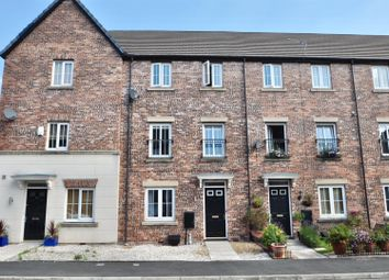 4 bed town house for sale in Foxwood Drive, Hyde SK14