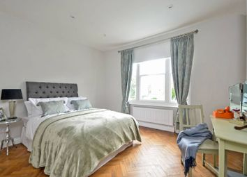 Thumbnail 2 bed flat to rent in Woolwich Road, Charlton