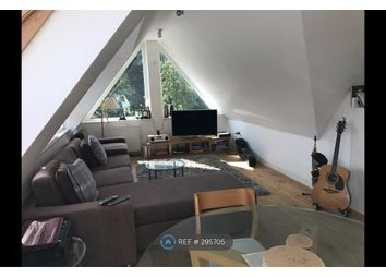 Thumbnail 2 bed flat to rent in New Barnet, London