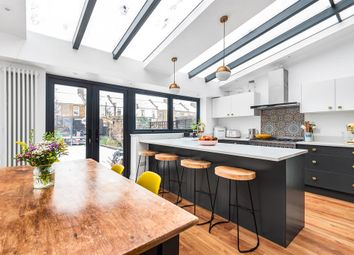 Braidwood Road, London SE6. 3 bed terraced house for sale