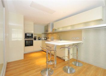 Thumbnail 1 bed flat to rent in Three Quays Apartments, 40 Lower Thames Street, London