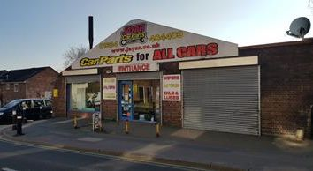 Thumbnail Retail premises for sale in Luton Road, Chatham, Kent