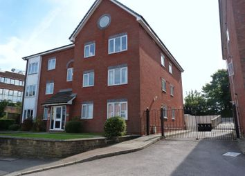 Thumbnail 1 bed flat to rent in Chapel Road, Redhill