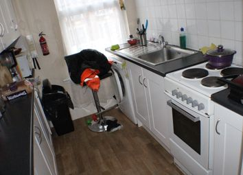 Thumbnail 2 bedroom flat to rent in De Vere Gardens, Ilford