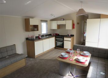 Thumbnail 2 bed mobile/park home for sale in Carlton Meres, Carlton, Saxmundham