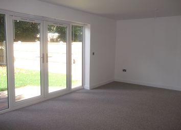 Thumbnail 4 bed detached house to rent in Stripe Road, Doncaster