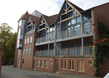 Thumbnail 2 bedroom flat to rent in Foregate Street, Chester