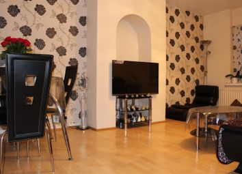 Thumbnail 2 bed flat to rent in Blackberry Farm Close, Hounslow
