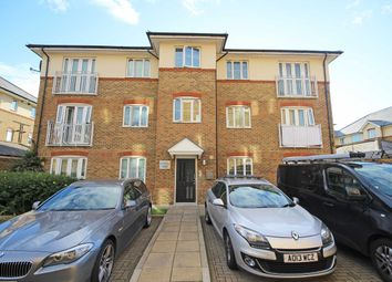 Thumbnail 1 bedroom property to rent in Periwood Crescent, Perivale, Greenford