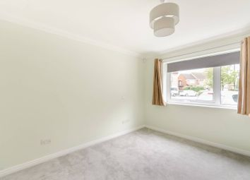 Twyford Abbey Road, Ealing, London NW10. 2 bed flat for sale