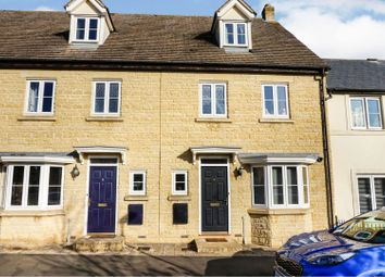 4 bed terraced house for sale in Jasmine Way, Carterton OX18