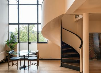Thumbnail 2 bed flat for sale in Wellesley Court, Maida Vale, London