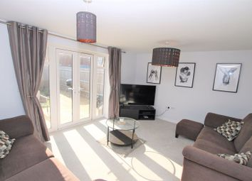 3 bed property for sale in Symphony Close, Locks Heath, Southampton SO31