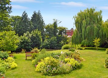 Thumbnail 1 bed flat for sale in Swan Court, Newbury