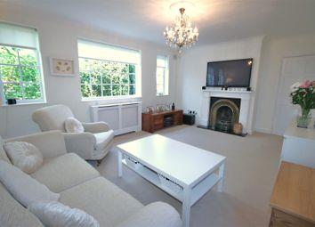 Thumbnail 2 bedroom flat for sale in Cat Hill, East Barnet, Barnet