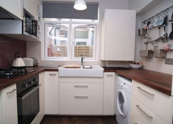 Thumbnail 2 bedroom flat to rent in Arcadian Gardens, London