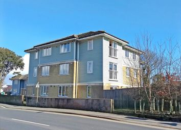 Thumbnail 2 bedroom flat to rent in Broadway, Sandown