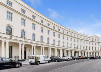 Thumbnail Flat to rent in Park Crescent, London