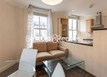 Thumbnail 1 bed flat to rent in Earls Court Road, Earl's Court