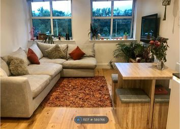 Thumbnail 2 bedroom flat to rent in Great North Road, Hatfield
