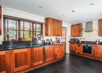 Thumbnail 4 bed detached house to rent in Cumnor Hill, Oxford