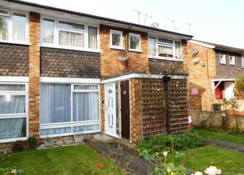 Thumbnail 2 bed maisonette to rent in Chase Side, Enfield
