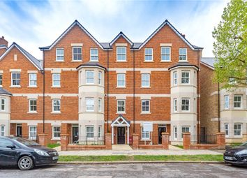 Thumbnail 2 bed flat for sale in Cornwall House, 32 Warwick Avenue, Bedford