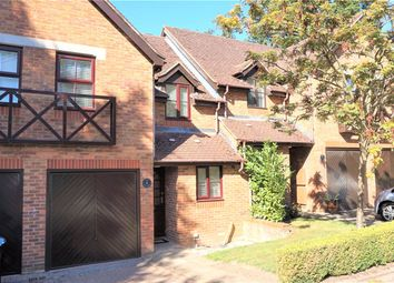 Thumbnail  Property to rent in Sirl Cottages, Lower Village Road, Ascot, Berkshire