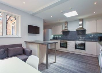 Thumbnail 3 bed shared accommodation to rent in High Street North, Dunstable