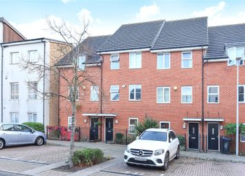 4 bed town house to rent in Gweal Avenue, Reading, Berkshire RG2